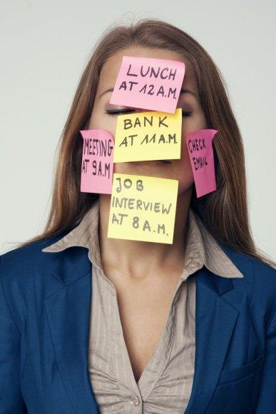 Užsiėmusi moteris