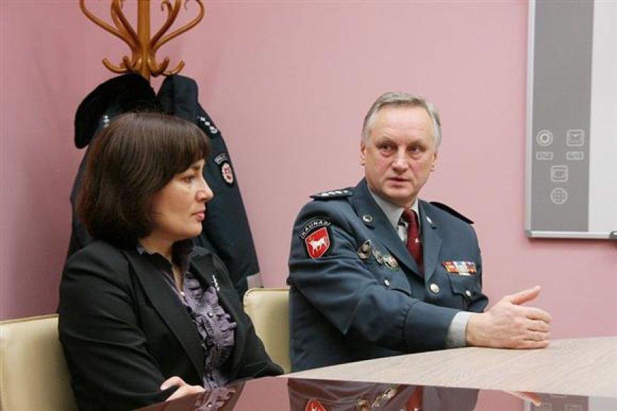 Kauno policijos viršininkas A.Kaminskas (dešinėje).