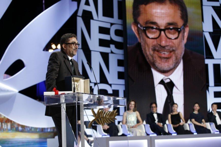 """Pagrindinį festivalio prizą """"Auksinę palmės šakelę"""" pelnė turkų režisierius Nuri Bilge Ceylanas"""