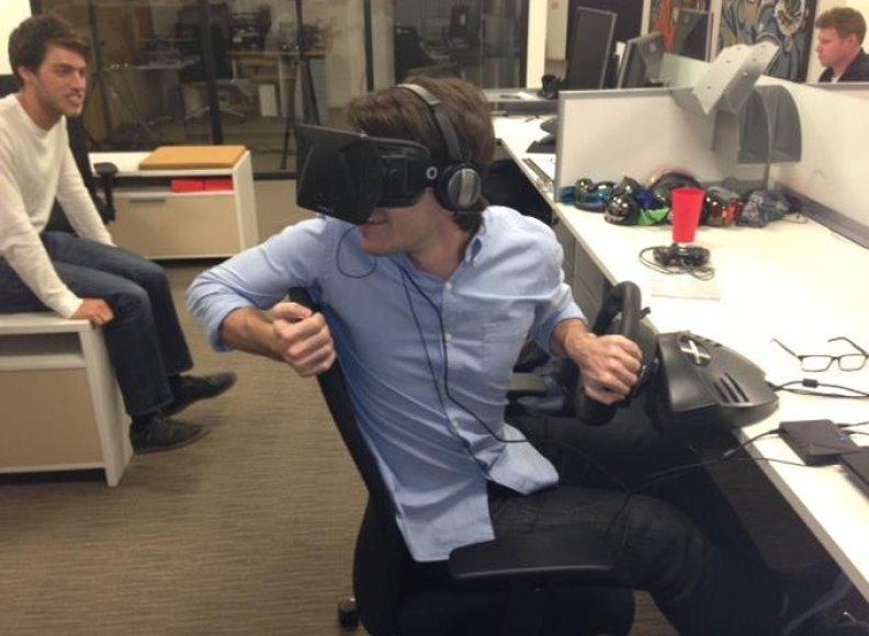 """Virtualios realybės akiniai žaidėjams """"Oculus Rift"""""""