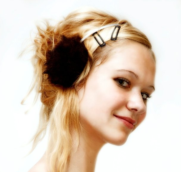 Dailus merginos kaklas