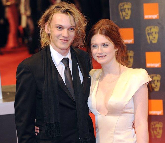 Jamie Campbellas ir Bonnie Wright
