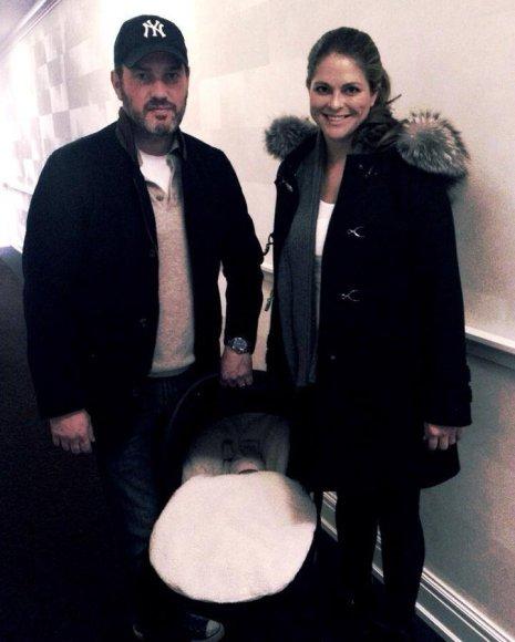 Švedijos princesė Madeleine su vyru Christopheriu O'Neilu ir dukra