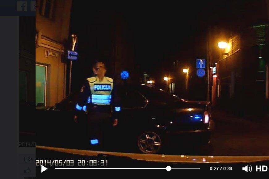Policininkai įvykio vietoje atsirado tarsi iš niekur