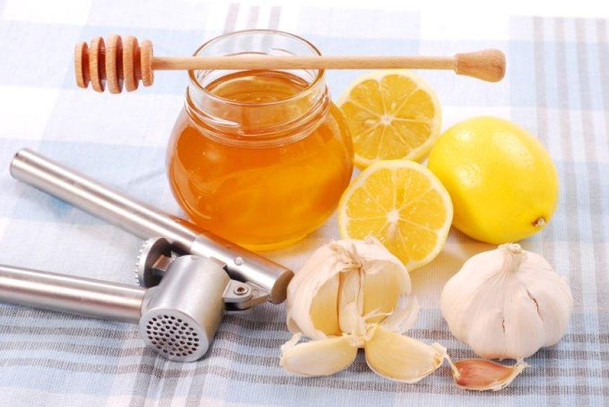 Česnakai, medus ir citrina gelbsti kraujagysles