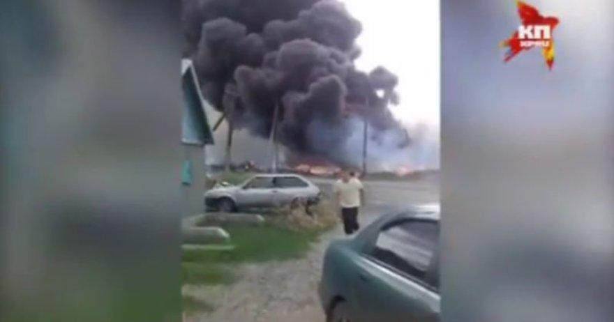 Numušto lėktuvo katastrofos vietoje