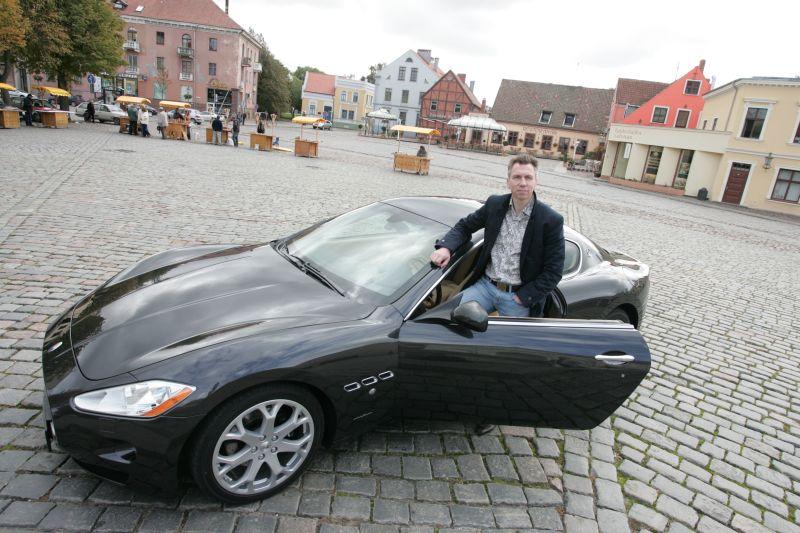 Foto naujienai: Kazys Paulikas ir jo automobiliai