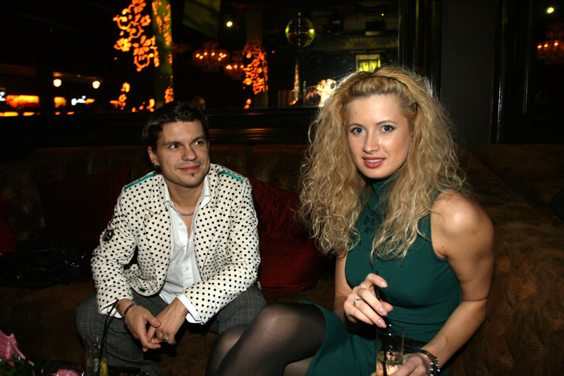 Foto naujienai: Kas sieja Deividą Norvilą (27) ir Renatą Ražanauskienę (28)