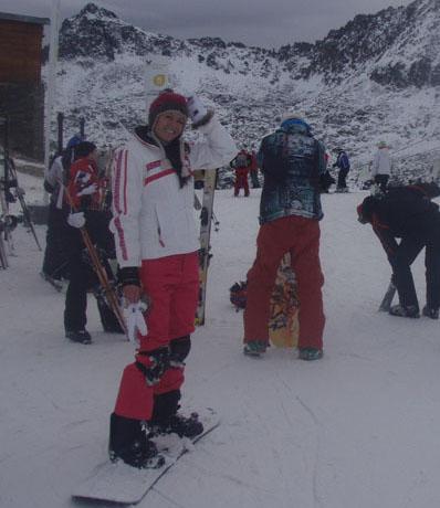 Foto naujienai: Giedrę Rusytę (23)sužavėjo snieglenčių sportas