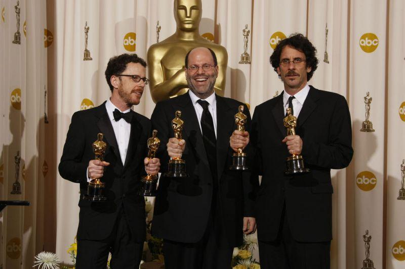 """Foto naujienai: """"Oskarai"""" išdalinti patiems geriausiems"""