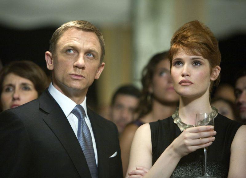 Aktoriai Danielis Craigas ir Gemma Arterton