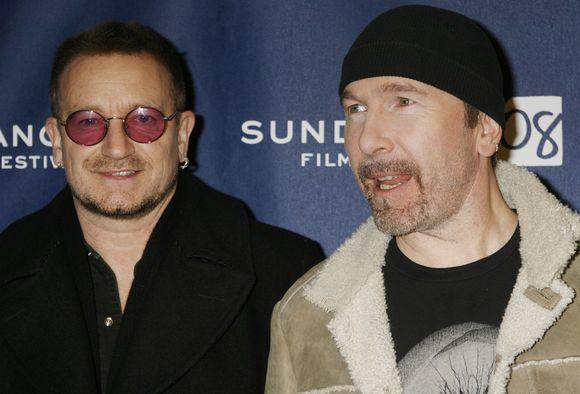 Bono (kairėje)