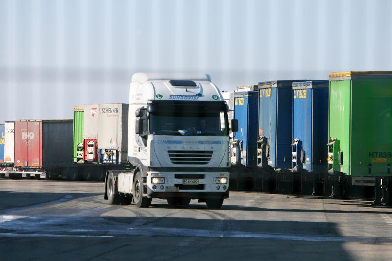 Vežėjai nerimauja, kad krovinių srautas gali mažėti ir ateinančiais metais.
