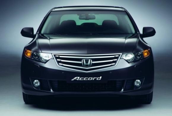 """""""Honda"""" saugos pagalvės masina ilgapirščius."""