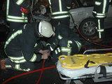 Andriaus Vaitkevičiaus/15min.lt nuotr./Ugniagesiai gelbėtojai avarijos vietoje