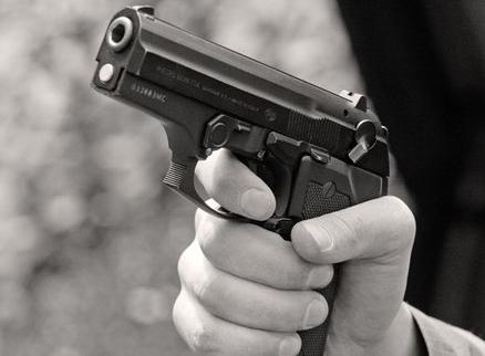 Turint ginklą gyventi yra drąsiau, tačiau saugumo tai negarantuoja.