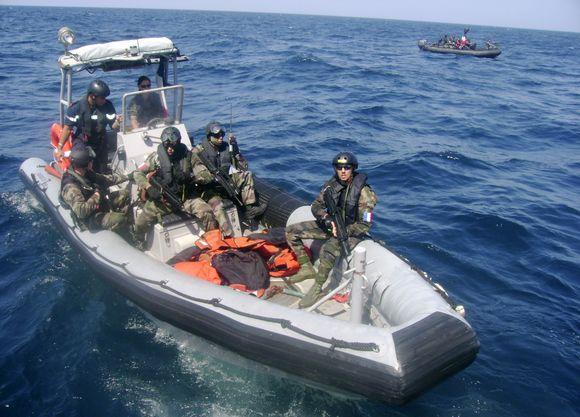 Prancūzų pajėgos patruliuoja.