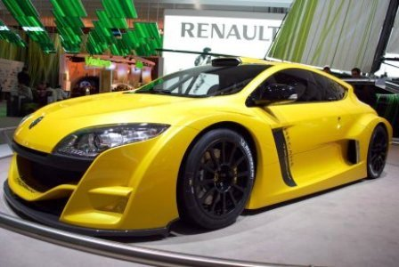 """""""Renault Megane Trophy"""" koncepcija"""