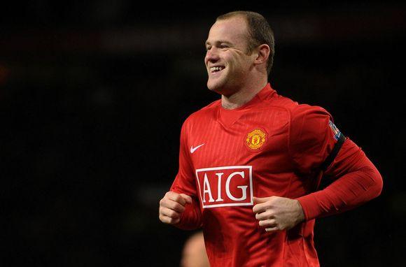 W.Rooney pelnė įvartį, bet jo pasirodymas dėl traumos truko vos 8 minutes