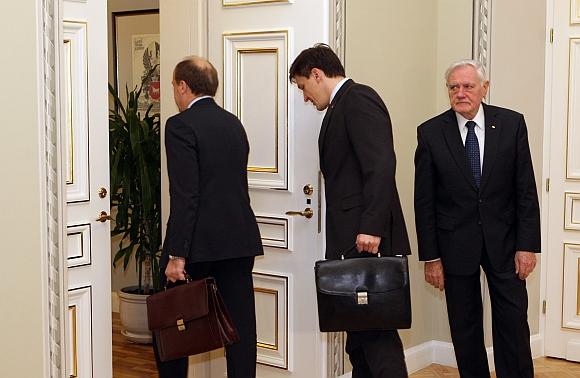 Prezidentas davė pylos premjerui dėl penktadienio įvykių.
