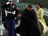 "AFP/""Scanpix"" nuotr./B.Obama atsisveikina su G.W.Bushu"