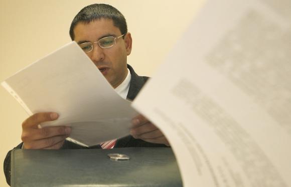 Paskutiniuose teismo posėdžiuose 34 metų P.Jablonskas nebeprašė jo grąžinti į tarnybą– buvęs darbas jam nebemielas.