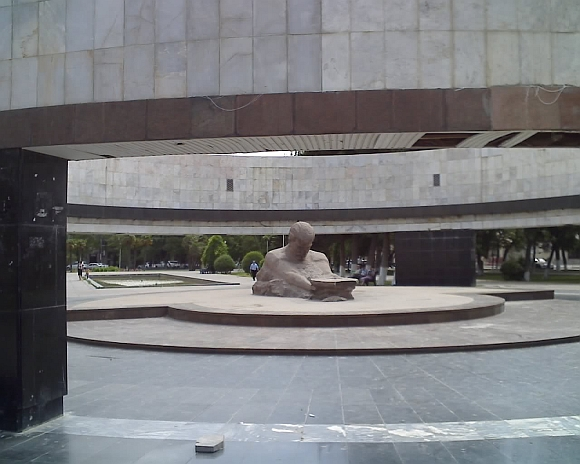 Memorialas 26 Baku komisarams praėjusią savaitę buvo demontuotas.