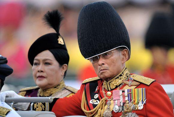 Tailando įstatymai saugo karalių Bhumibolą nuo kritikos.