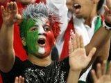"""AFP/""""Scanpix"""" nuotr./Irano rinktinės gerbėjai – vien vyrai"""