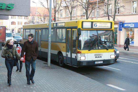 Nuo vasario brangs autobusų ir maršrutinių taksi bielietai.