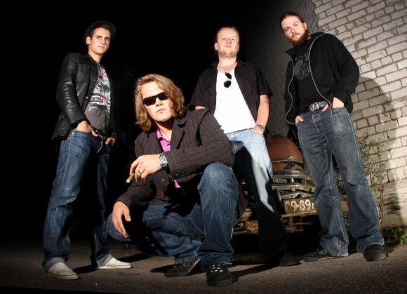 Naująjį savo albumą pristatysiantys rokeriai iš Rygos garsėja itin energingais ir energijos kupinais pasirodymais.