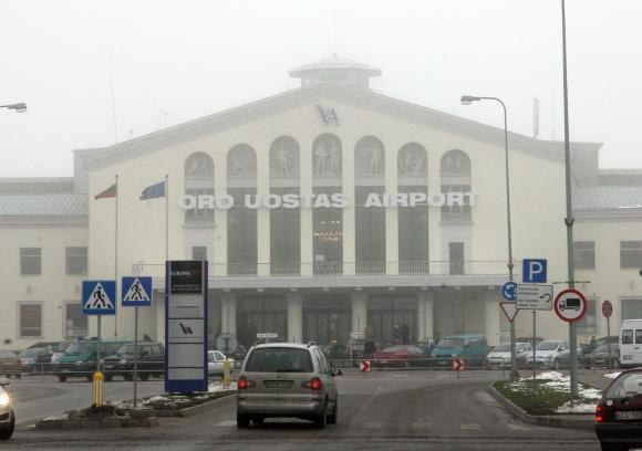 Vilniaus Tarptautinis Oro uostas įtakos aviakompanijų sprendimams dėl klientų neturi.