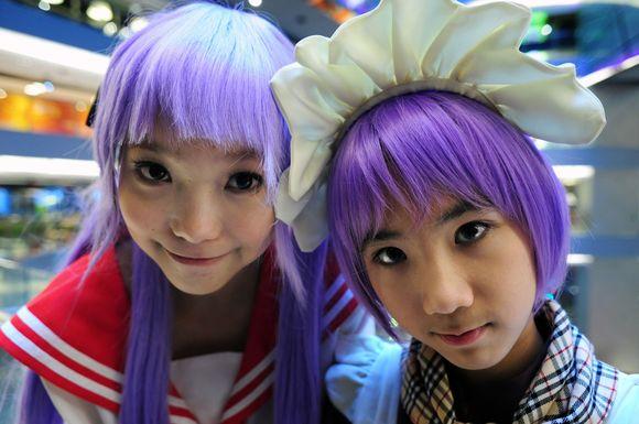 """""""Cosplay"""" skirtas japoniškų personažų mėgėjams pasirodyti vieniems prieš kitus ir prieš publiką."""
