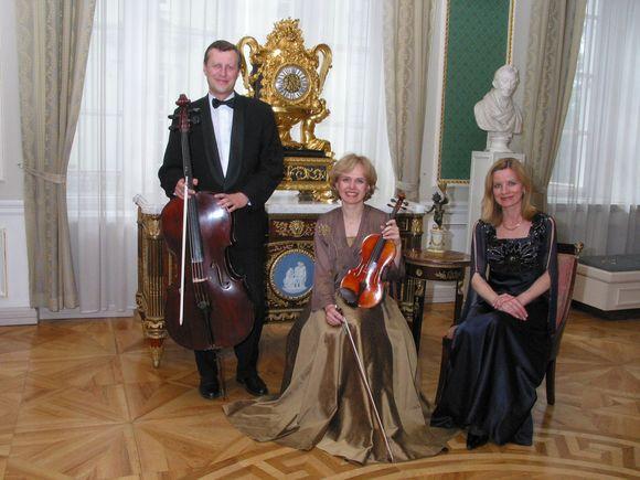 """Lietuvos ir užsienio koncertų salių durys """"Kaskadoms"""" dar plačiau atsivėrė po laimėjimo konkurse Austrijoje."""