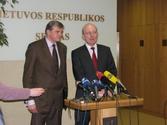S.Kropas su A.Valinsku sakė, kad žmonės patys kalti, jog patikėjo gandais.