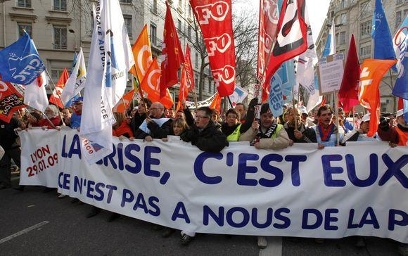 Sausio mėnesį Prancūzijoje protestavo  daugiau nei milijonas žmonių.