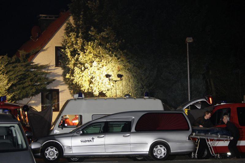 Vyras nušovė gyvenimo draugę, sūnų ir nusišovė pats.