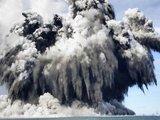 """""""Reuters""""/""""Scanpix"""" nuotr./Povandeninis vulkanas"""