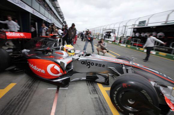 """""""McLaren"""" pilotas Lewisas Hamiltonas pasirengęs ginti pasaulio čempiono titulą."""