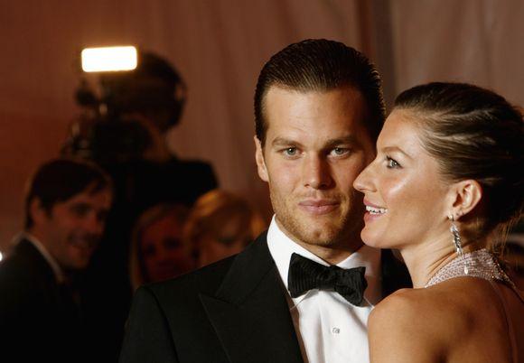 Anot sutuoktinių, jie pakartojo vestuves, kad jų mylimi žmonės turėtų progą būti jų laimės liudininkais.