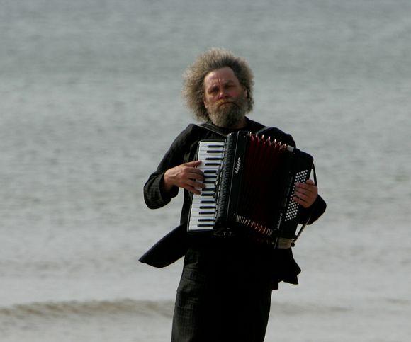 Renginyje svečiuos ir maestro Andrius Kulikauskas.