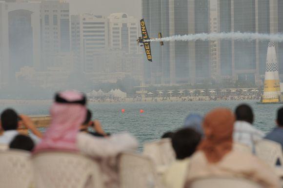 """""""Red Bull Air Race"""" pasaulio čempionato lenktynių stebėtojai"""