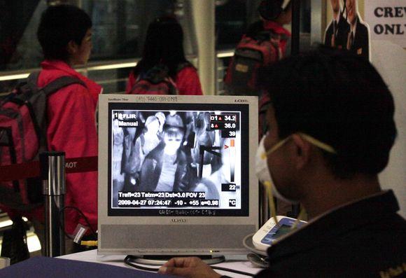 Tailando oro uoste stebima žmonių temperatūra.