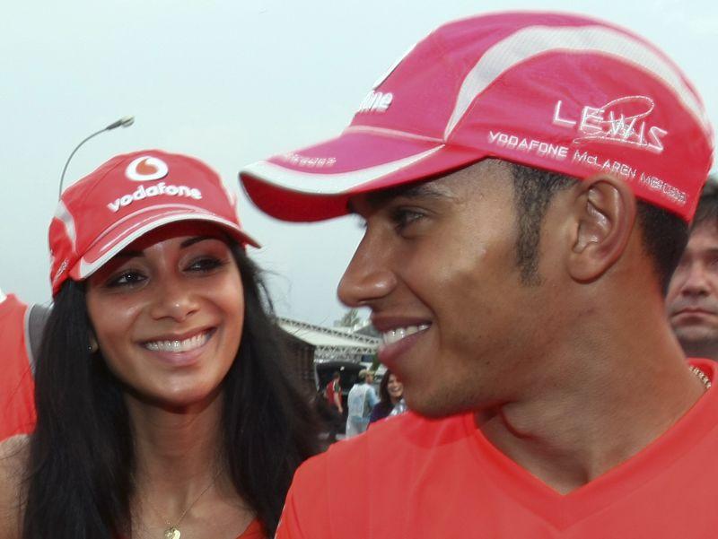 Dainininkė Nicole Scherzinger ir F1 lenktynininkas Lewisas Hamiltonas