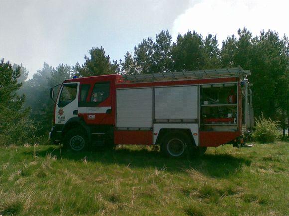 "Prie Vilniaus ""Akropolio"" dega miškas."