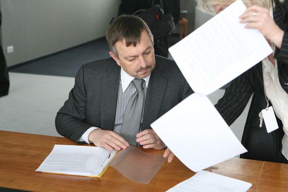 Mero Viliaus Navicko teigimu, sostinėje galvos nekapojamos, o tiesiog efektyvinama savivaldybės įmonių veikla.