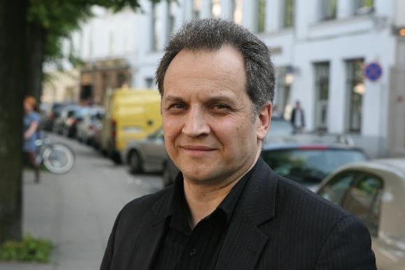 """įmonės """"Pieno ūkis"""" rinkodaros direktorius A.Kiminas"""