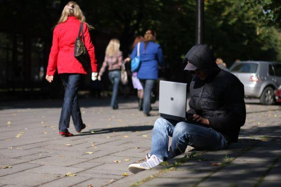 Laisvės alėjoje bevielis interneto ryšys būtų pasiekiamas kiekvienam, turinčiam nešiojamą kompiuterį.