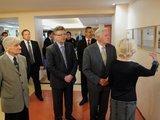Alfredo Pliadžio nuotr./Lietuvos prezidentas Valdas Adamkus su žmona Alma lankėsi LTOK būstinėje