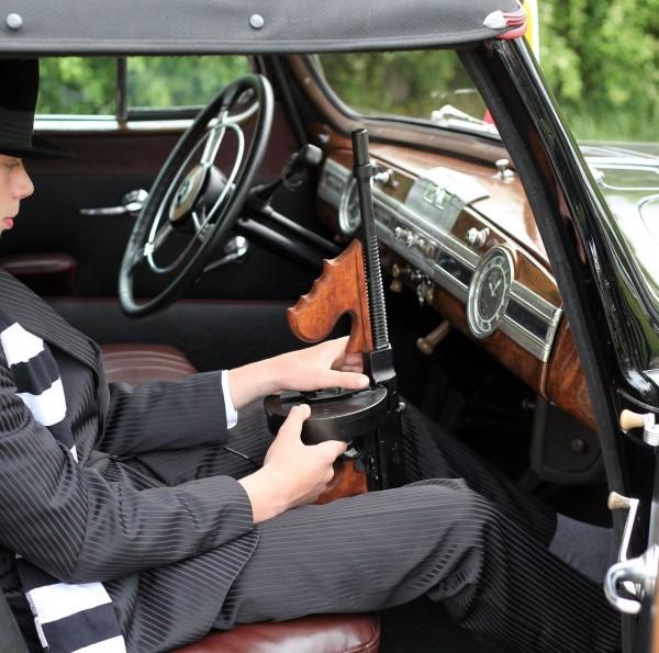 """1938 m. laidos """"Packard"""" mena gangsterio A.Capone laikus."""
